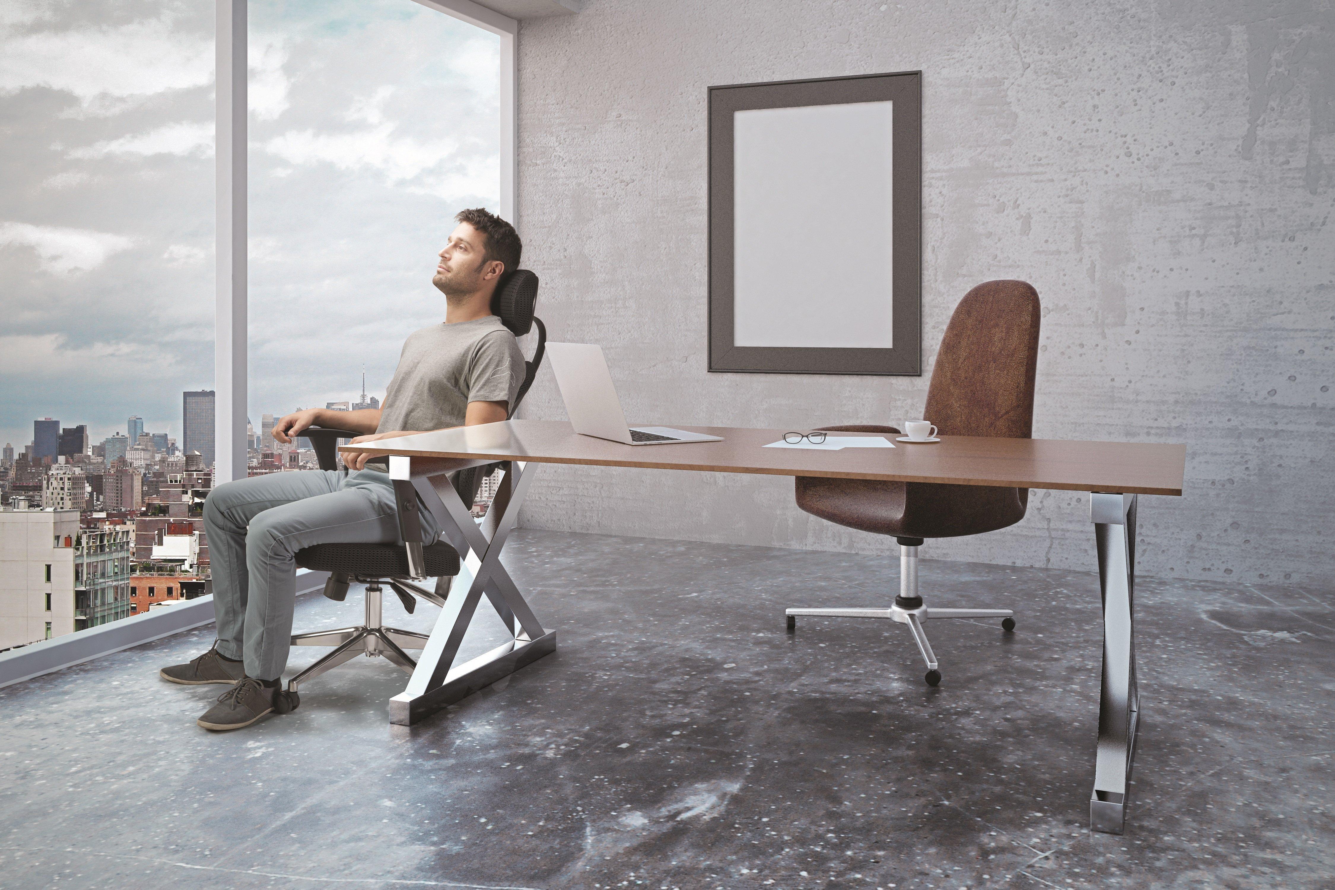 הדרך הנכונה לשבת מול המחשב